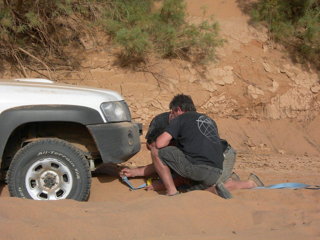 roadside assistance encino